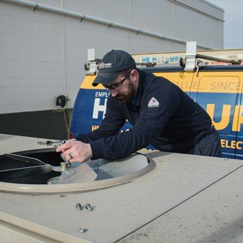 Tips for Choosing the Right Commercial HVAC Contractor
