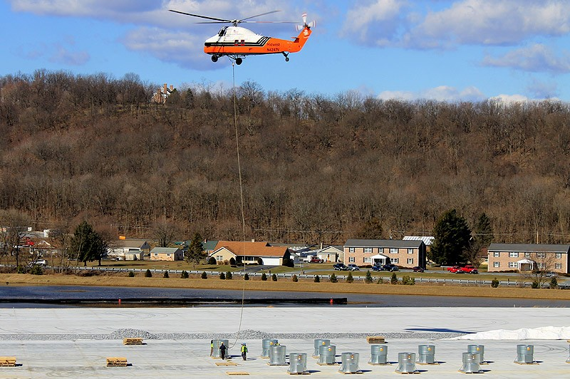 Proctor-and-Gamble-Warehouse-Helicopter-Lift
