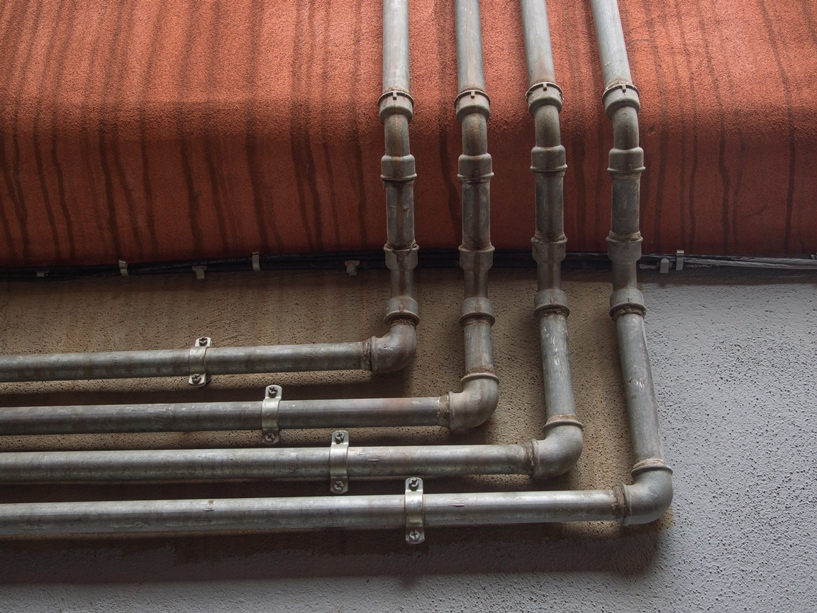 Top 7 Benefits of Hydro Jetting Your Clogged Pipes