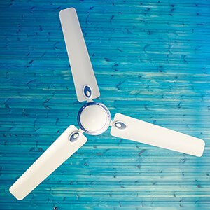 Should I Use A Ceiling Fan While My AC Is On?